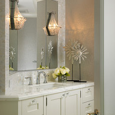 beach style bathroom by Cindy Ray Interiors, Inc.