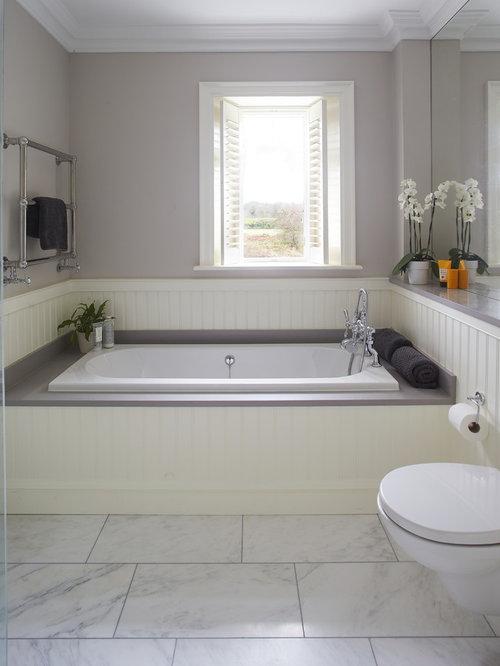Foto e idee per bagni bagno con pavimento in marmo e - Vasca da bagno pavimento ...