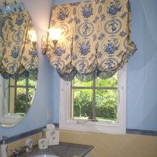 Mediterranean Bathroom by LADS Interiors