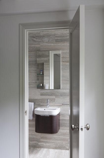 Contemporary Bathroom by Lauren Rubin Architecture