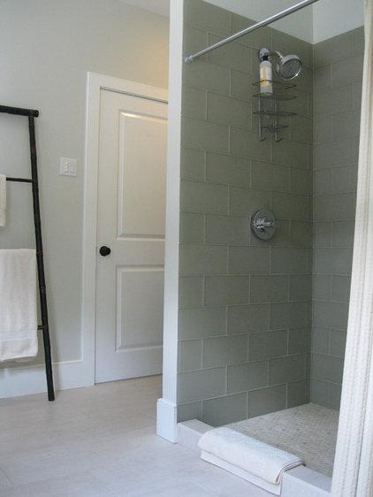 Asian Bathroom by studio m  |  design