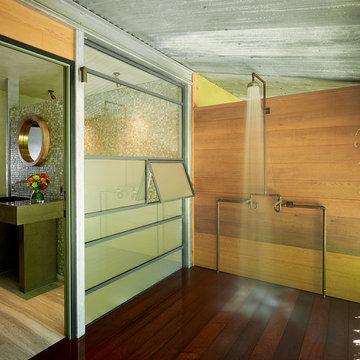 Guest Suite & Bath