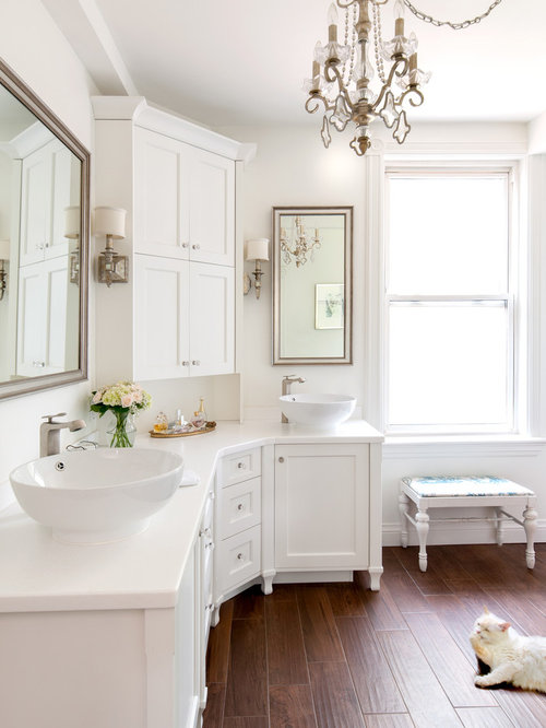 L shaped bathroom design ideas renovations photos for L shaped bathroom layout