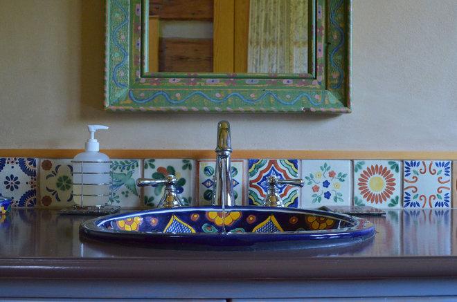 Rustic Bathroom by Sarah Greenman