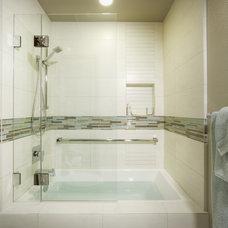 Modern Bathroom by MAK Design + Build Inc.