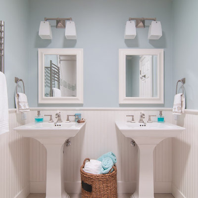 Inspiration for a timeless kids' bathroom remodel in San Francisco with a pedestal sink and blue walls