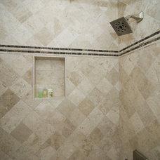 Bathroom by Summit Design Remodeling, LLC