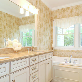 Inspiration for a timeless bathroom remodel in Providence