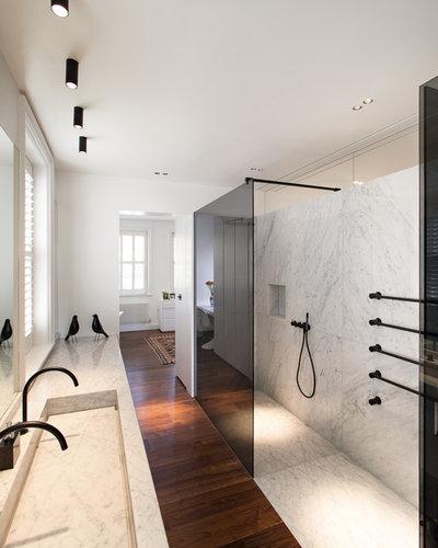 Contemporaneo Stanza da Bagno by MWAI Architecture and Interiors