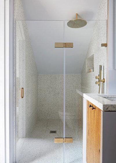 Rustic Bathroom by Indie & Co.
