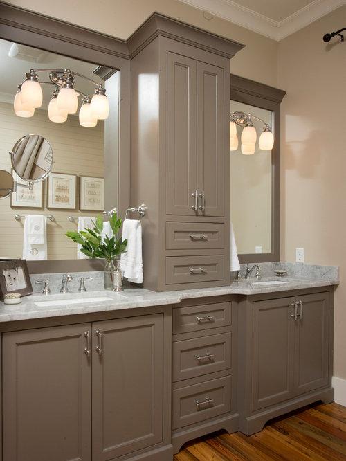 Country master bathroom ideas - Farmhouse Bathroom Decor Farmhouse Bathroom Design Ideas Remodels