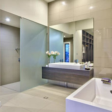 Modern Bathroom by The Building Planners