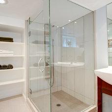 Modern Bathroom by Heather Truhan Live Urban Real Estate