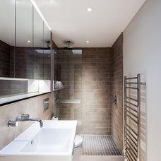 Contemporary Bathroom by Sonnemann Toon Architects