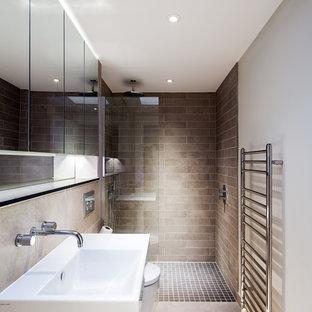 Modernes Badezimmer in London