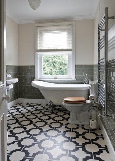 Traditional Bathroom by Pauls Floors