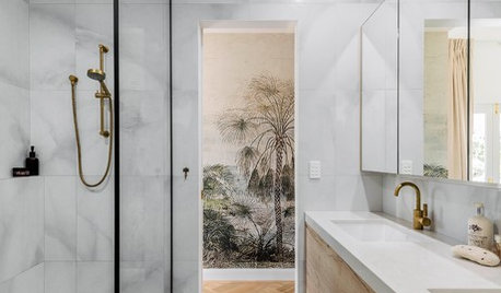 Best of the Week: 22 Modern Showers to Inspire