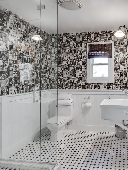 Black And White Checkered Floor In Bathroom