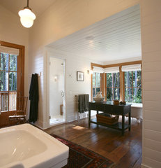 traditional bathroom by Bosworth Hoedemaker