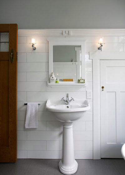 Traditional Bathroom by Broswick Builders Ltd