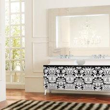 Modern Bathroom by Nella Vetrina