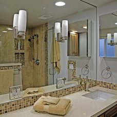 Contemporary Bathroom by HERMOGENO DESIGNS