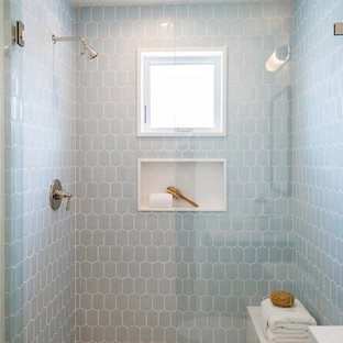 Small beach style kids bathroom in Los Angeles with shaker cabinets, grey cabinets, white tile, white walls, light hardwood floors, an undermount sink, engineered quartz benchtops, beige floor and white benchtops.