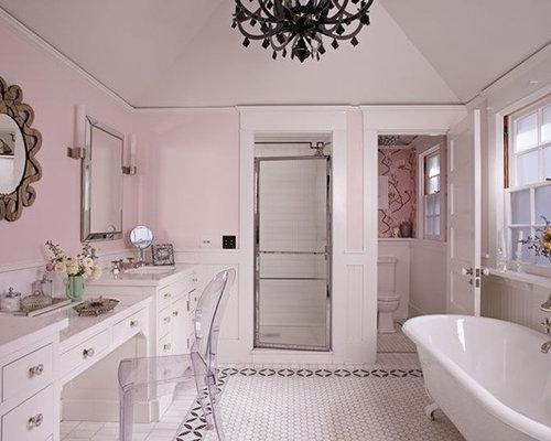 Large Elegant Master Porcelain Floor Bathroom Photo In Los Angeles With  Flat Panel Cabinets,