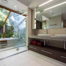 Contemporary Bathroom by MMM Interiors