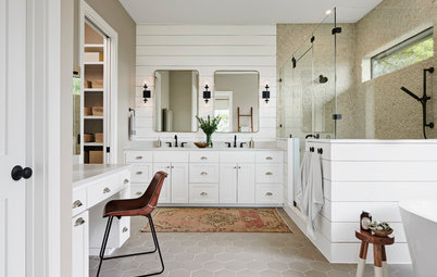 Your Guide To A Farmhouse Style Bathroom