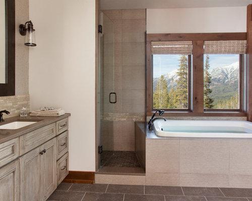 rustikale badezimmer mit eckbadewanne design ideen. Black Bedroom Furniture Sets. Home Design Ideas