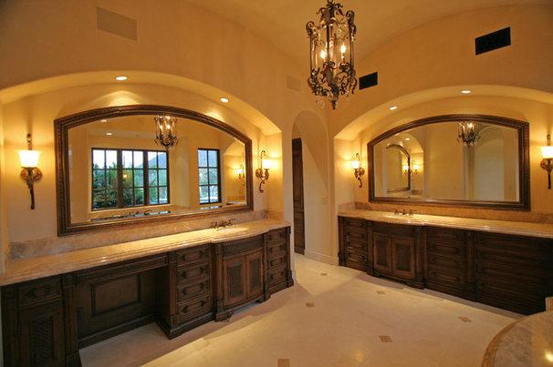 Mediterranean Bathroom by Fratantoni Luxury Estates