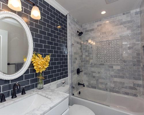 Salle de bain petit budget avec un carrelage de pierre for Budget salle de bain