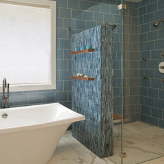 modern bathroom by Banducci Associates Architects, Inc.