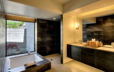 Private Access: 12 Bathroom Windows That Reveal Only the Views
