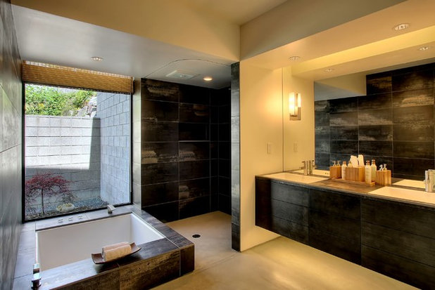Vintage Modern Bathroom by Renzo J Nakata Architects