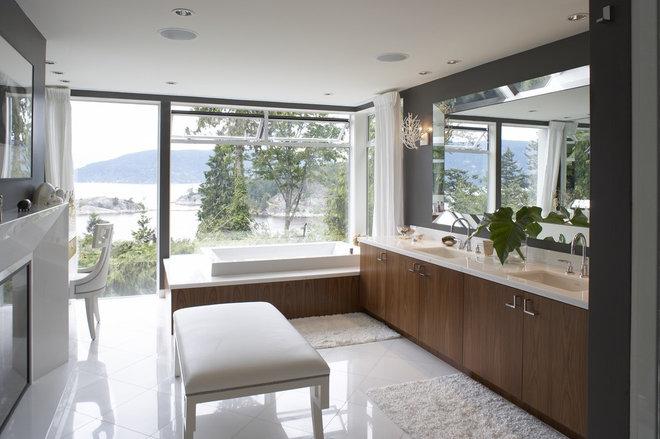 Modern Bathroom by LOTOS Construction