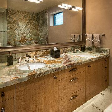 Hilltop Residence - Bathroom