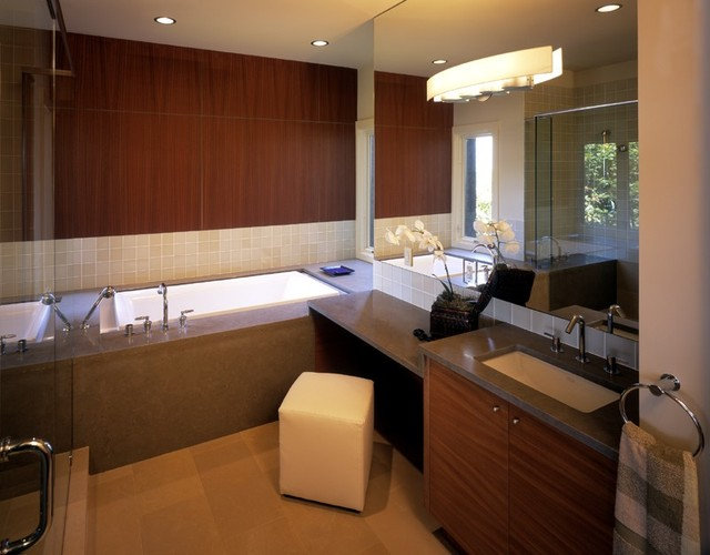 Contemporary Bathroom by MNID & Associates