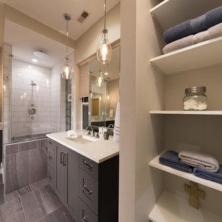 Ispirazione per una stanza da bagno padronale design di medie dimensioni con ante con riquadro incassato, ante in legno bruno, doccia ad angolo, piastrelle bianche, piastrelle a mosaico, pareti beige, pavimento con piastrelle a mosaico, lavabo sottopiano e top in pietra calcarea