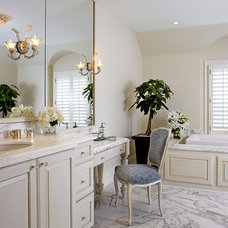 Traditional Bathroom by Penza Bailey Architects