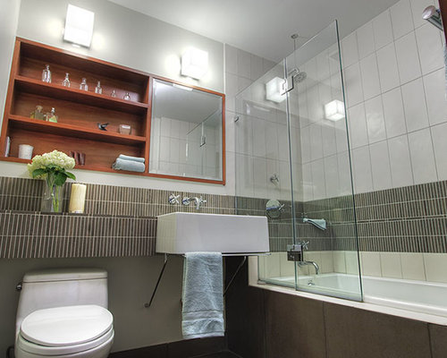 small apartment bathroom houzz