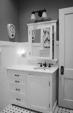 Mirror Placement Above 36 Inch Vanity With Offset Sink