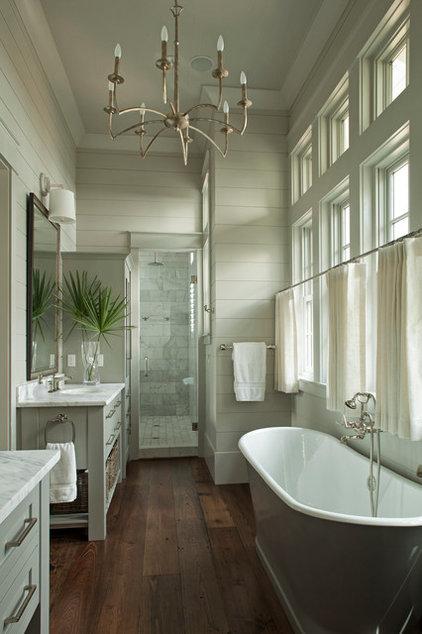 Traditional Bathroom by Geoff Chick & Associates