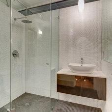 Midcentury Bathroom by levitt architects