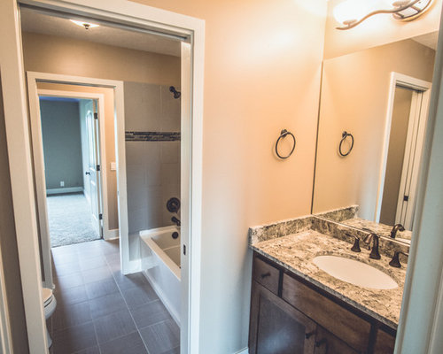 Jack and jill bath home design ideas pictures remodel for Jack and jill house