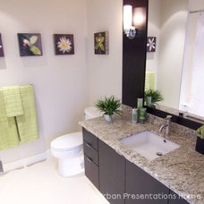Contemporary Bathroom by urban presentations