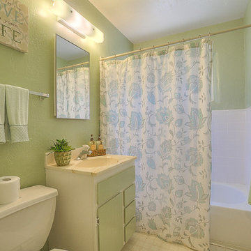 Home Staging Photos - University Heights 2917 Hyder Ave SE, ABQ, NM