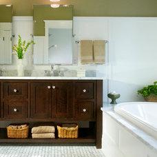 Traditional Bathroom by Ta-da! Homes, LLC