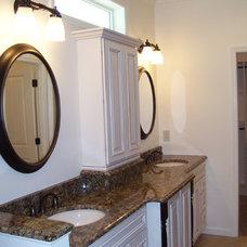 Traditional Bathroom by Heartlands Building Company